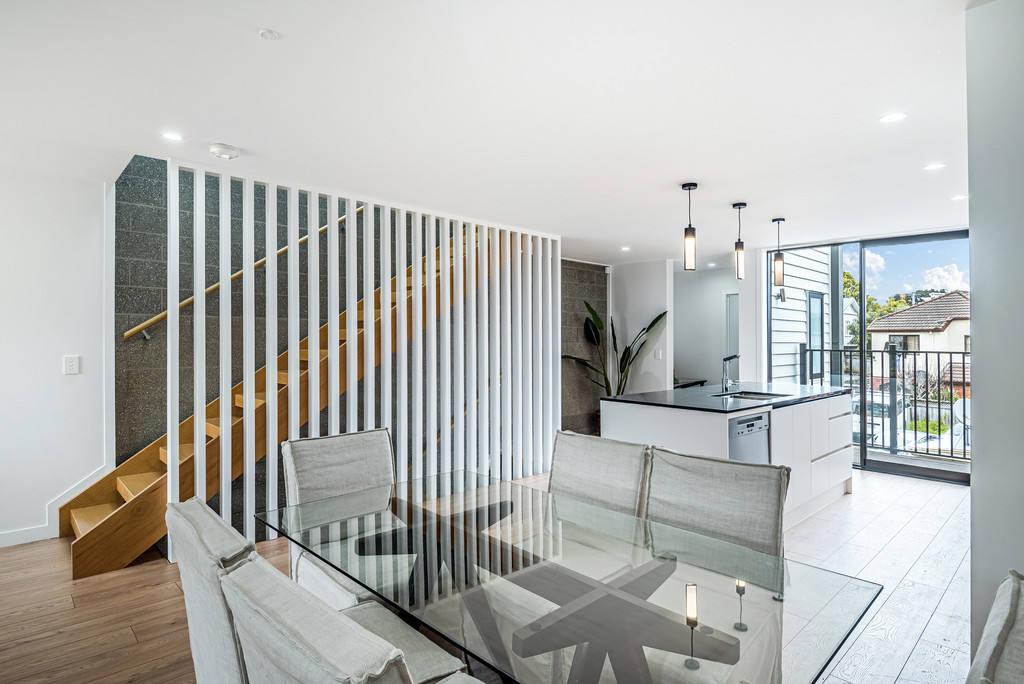 Epsom 3房 双校网全新奢居 领略天空塔风光 靠近公园&繁华中心 亮点多多 开启精致品味生活! Act fast - Brand new concrete townhomes
