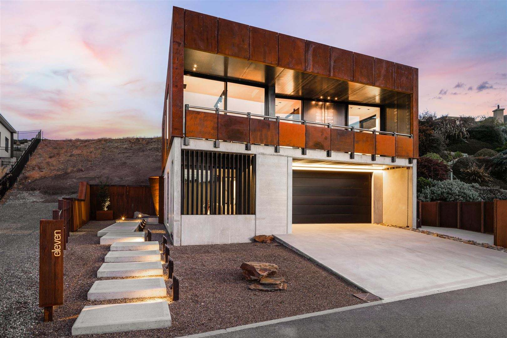 Wanaka 3房 A Striking Blend of Craftsmanship and Location