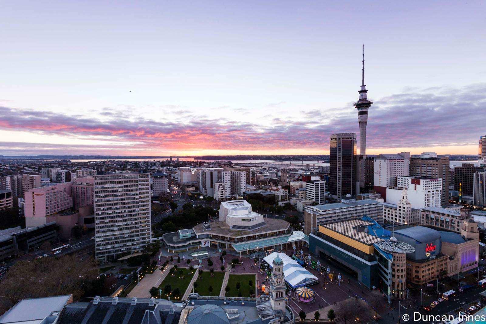 Auckland Central 2房 海外买家可购!全新至臻公寓 CBD顶级地段 知名开发商 自住/投资莫错过 Overseas Buyer Qualified - 2 Bed + Car Park