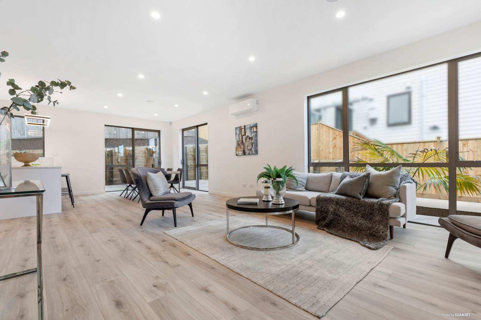 Birkenhead 5房 大户型全新靓宅 双层灵动格局 高端家居设施 步行直达学校&购物中心 即刻享受精致生活 Executive Living, Superb Location with Granny Flat