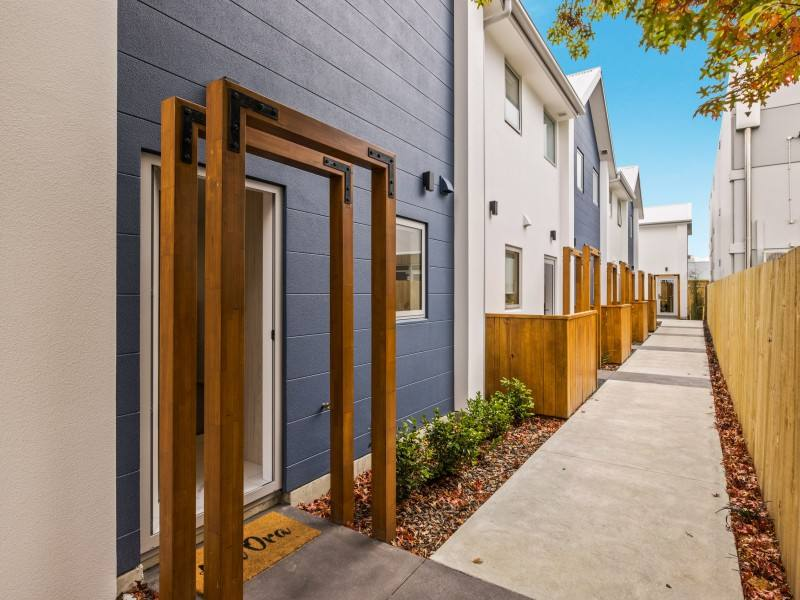 Christchurch Central 1房 Affordable INNER CITY living townhouse.