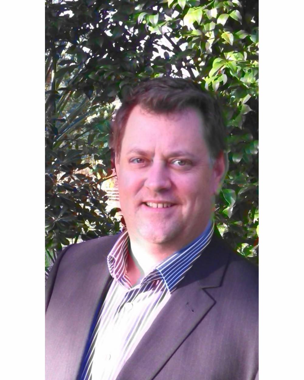 Simon Upperton