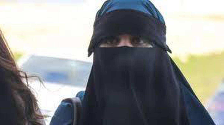 总理确认涉ISIS人员Suhayra Aden及孩子将回新西兰