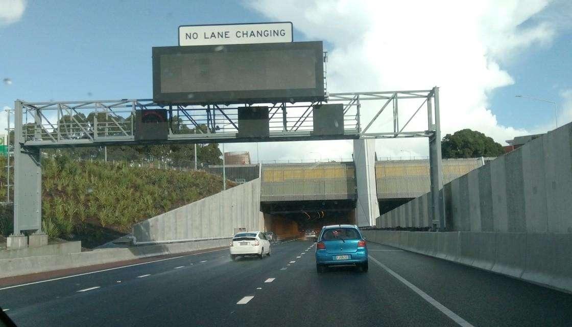 80公里/小时提升至100公里/小时!Waterview 隧道周边高速从7月开始提升限速