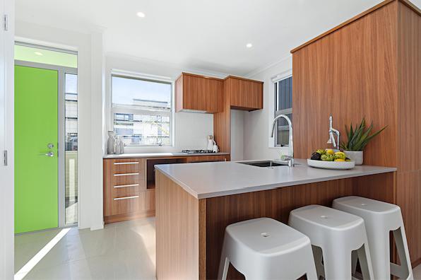Flat Bush Ormiston全新城市社区,时尚现代住宅。NZ 知名Kiwi建筑商Fletcher Living 匠心之作!地段得天独厚,热门社区,美好便利生活由此开始 Fletcher Living are building homes for you in Ormiston!