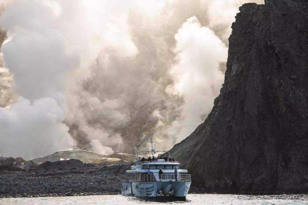 新西兰北岛火山今日下午喷发,目前所知道的情况