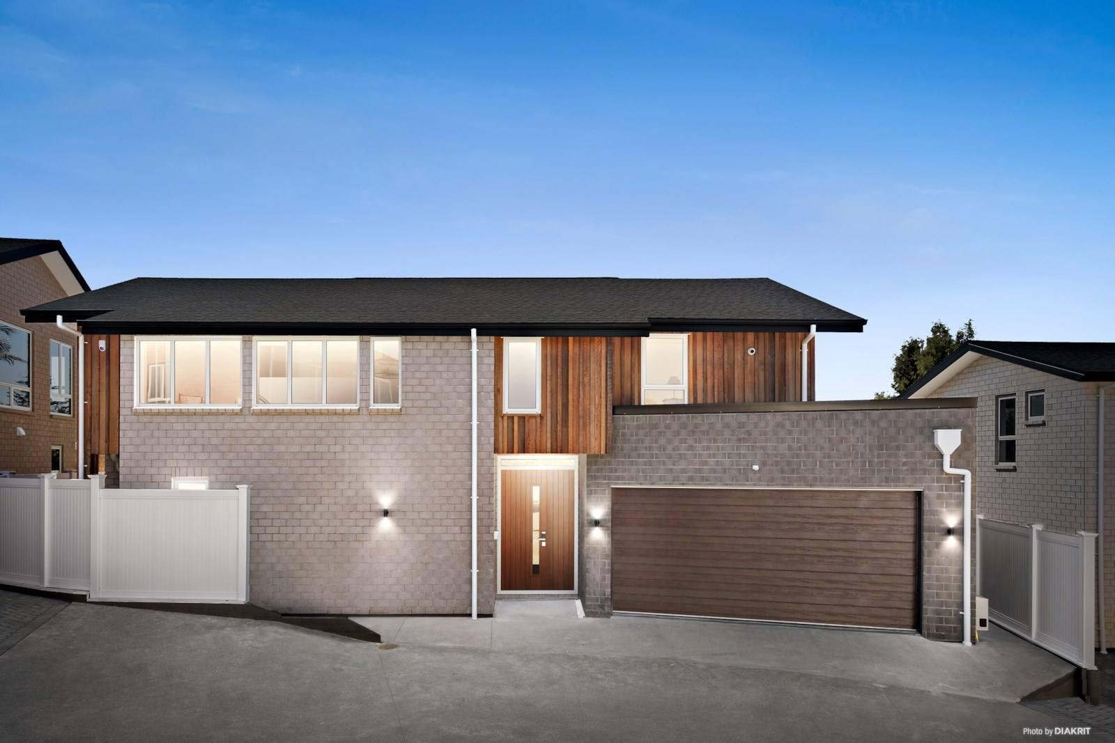 Blockhouse Bay 5房 崭新现代别墅 智能家居配套 时尚精装、宽敞布局 学区与地段兼备 品味理想居住生活 Brand New! Amazing One of a Kind Family Home