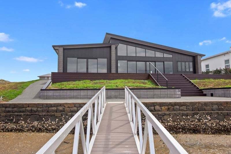 Whitianga 4房 Brand New, Outstanding Waterfront Views