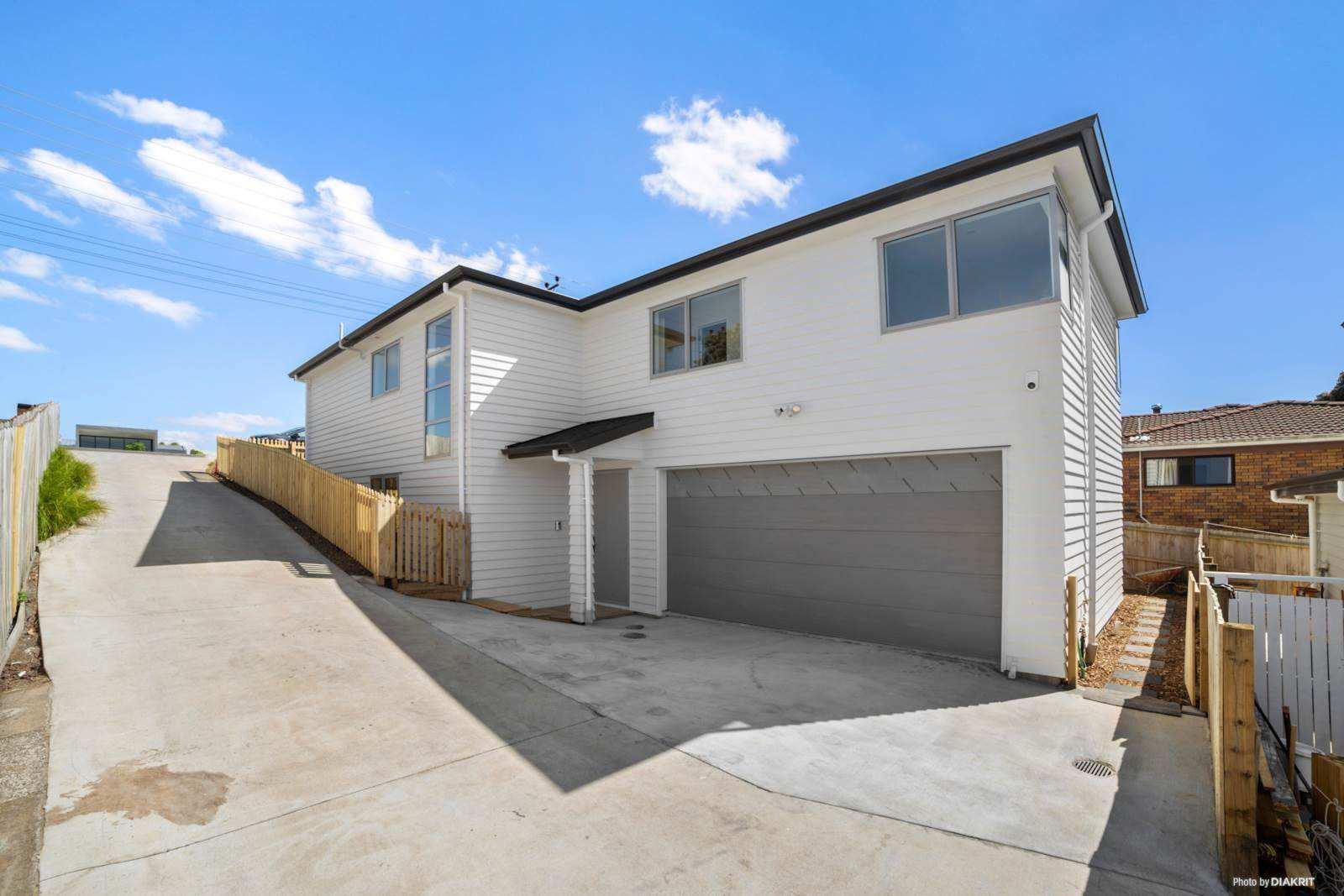 Hobsonville 5房 全新现代品质美宅 美感&实用性兼容 10年安心质保 周边一流配套 领略卓越生活! Brand New Family Home in Hobsonville