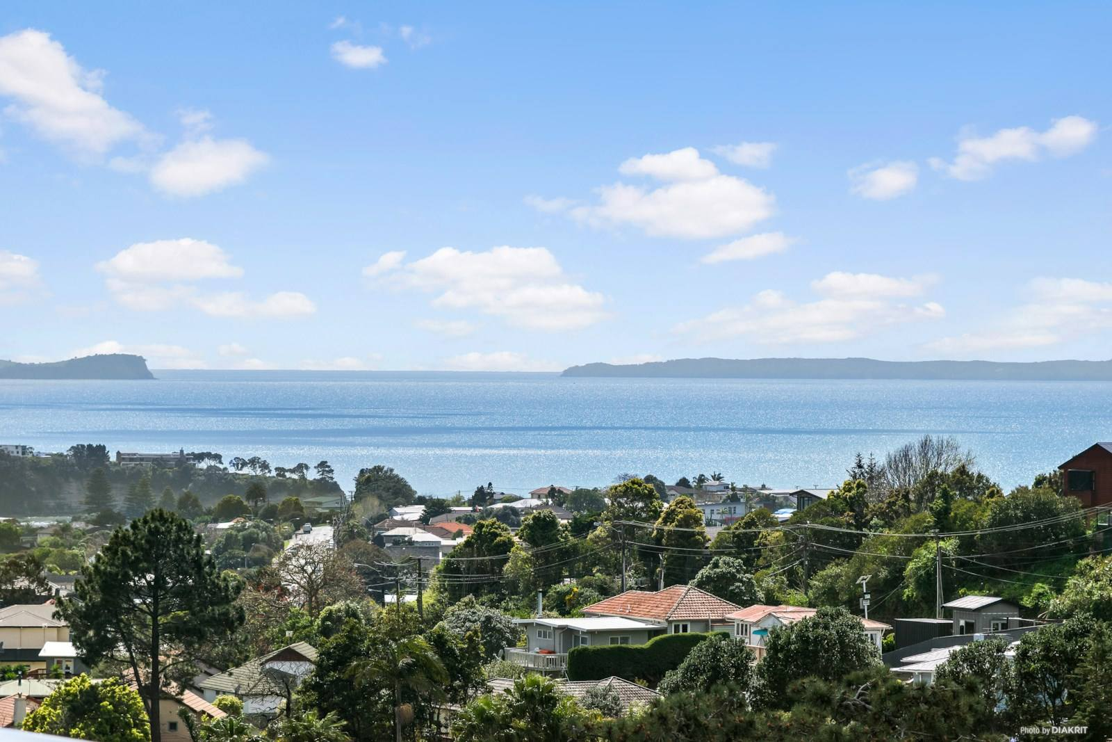 Browns Bay 5房 全新海景私居 饱览灌木风光 好校云集 靠近商店及海滩 生活自在舒心! Brand New - Sea Views & Privacy