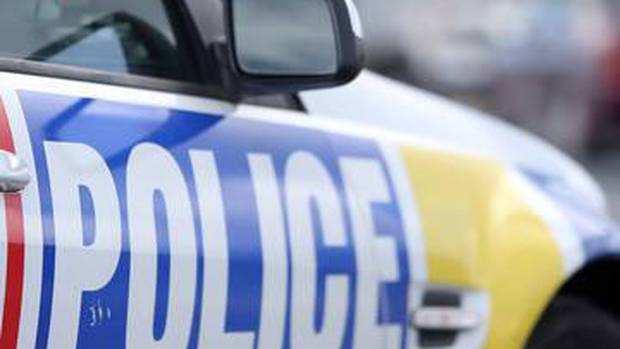 新西兰警方上了移民局黑名单!这还真是大水冲了龙王庙?
