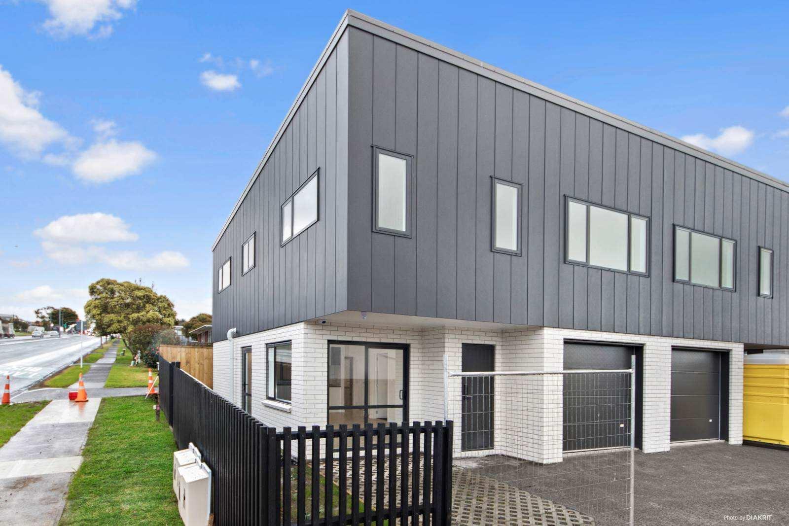 Pakuranga Heights 3房 全新独立产权住宅 130㎡全幅地 步行即至好校 靠近购物中心 10年建商质保 可轻松上高速 尽享舒适美好生活! Enviable First Home Or Smart Upgrade