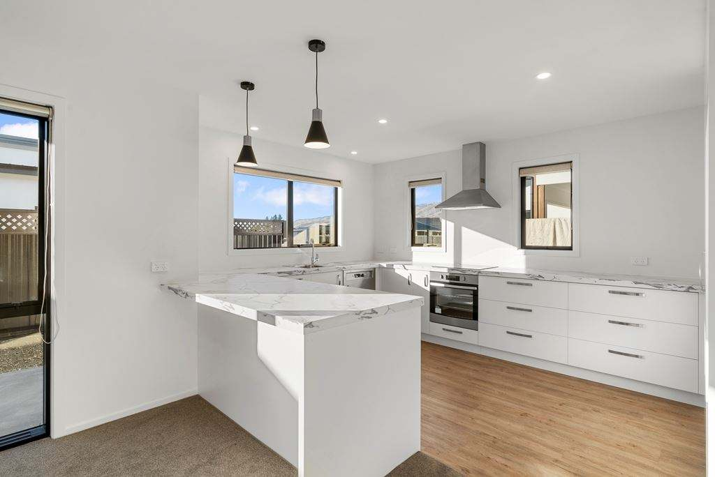 Cromwell 2房 Priced To Sell $620,000