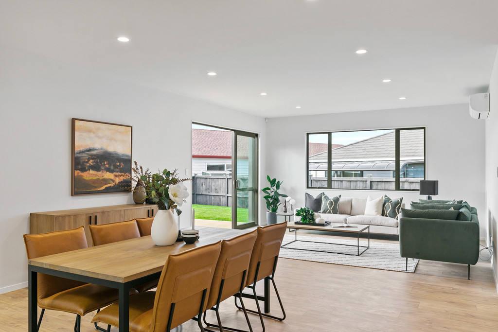 Huapai 4房 全新品质舒居 地理位置优越 一流设计+卓越品质 布局巧妙 尽享舒适便利的现代家居! Quality New Home - Make it Yours!