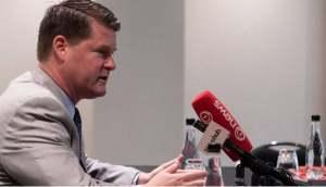 中国逮捕加拿大前外交官,美国再次警告新西兰提防中国