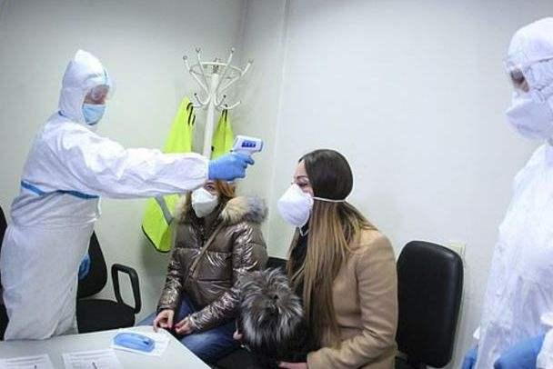 突发!CDC确认:新冠病毒开始在美社区传播!700多纽约人自中国返回,在社区隔离...