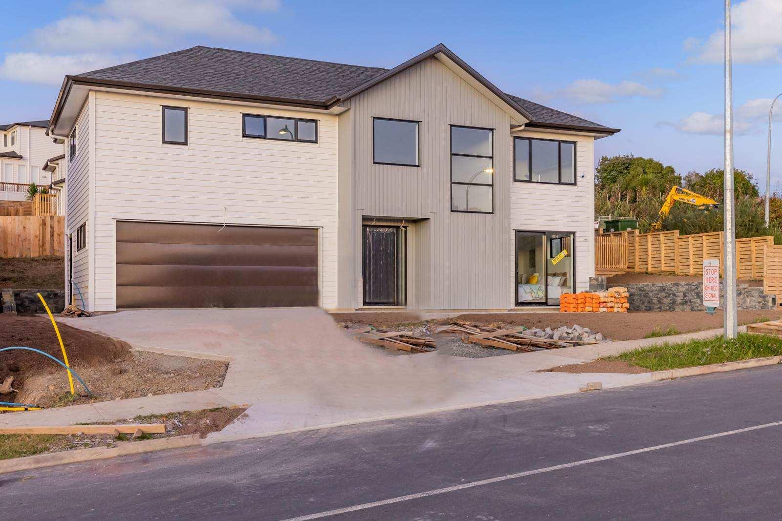 Orewa 4房 全新双层舒居 地理位置优越 10年建商质保 优享品质配套 周边好校云集 海滩近距离 易上高速 即刻开启美好生活! Great Price - Corner Section - Sun & View!