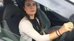 """新西兰女司机遭""""路怒""""袭击 路过车辆竟无一人施救"""