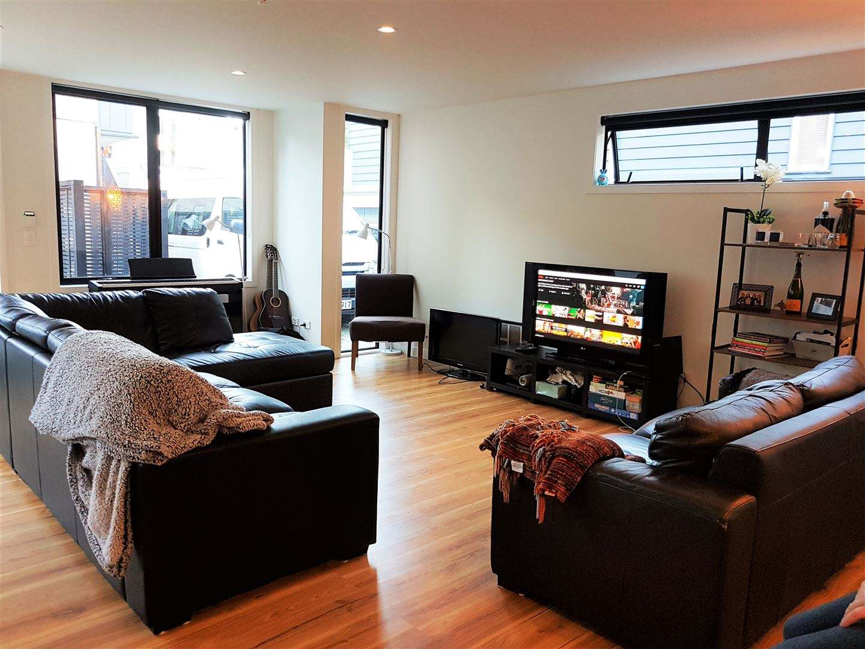Kilbirnie 3房 风格时尚 几近全新 质量有保障 紧邻CBD 地段得天独厚 没有物业费! Exceptional Style - Minutes To CBD