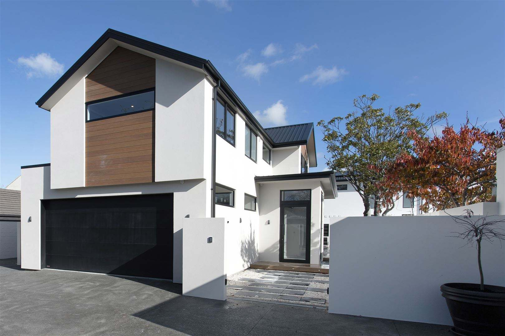 Fendalton 4房 So Much Light and Sun: Brand-New Executive Home