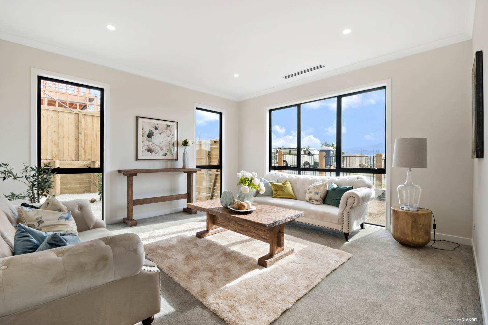 Albany Heights 5房 全新双层别墅 高端家居&前卫风范 带独立祖母房 学区配套一网打尽 尽享惬意现代人生 Stylish, Quality Home & Grannyflat