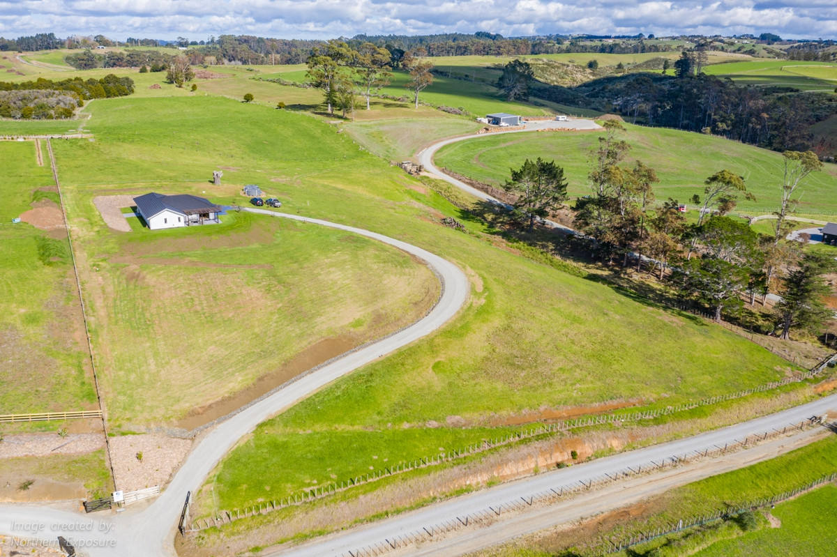 Kerikeri 4房 Brand New Stylish Home – Sweeping Rural Views