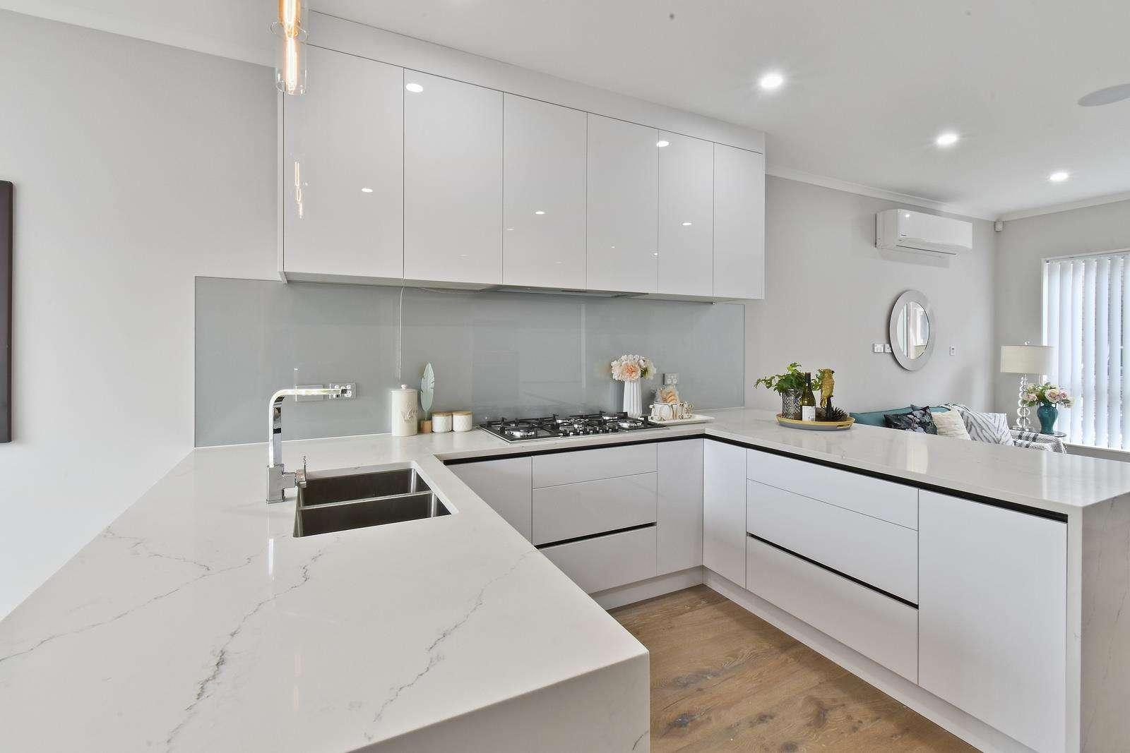 Otahuhu 5房 全新格调舒居 独立产权 私密性强 邻近便利设施 奢享一流配套 可轻松上高速 Space , Style & Versatile Living