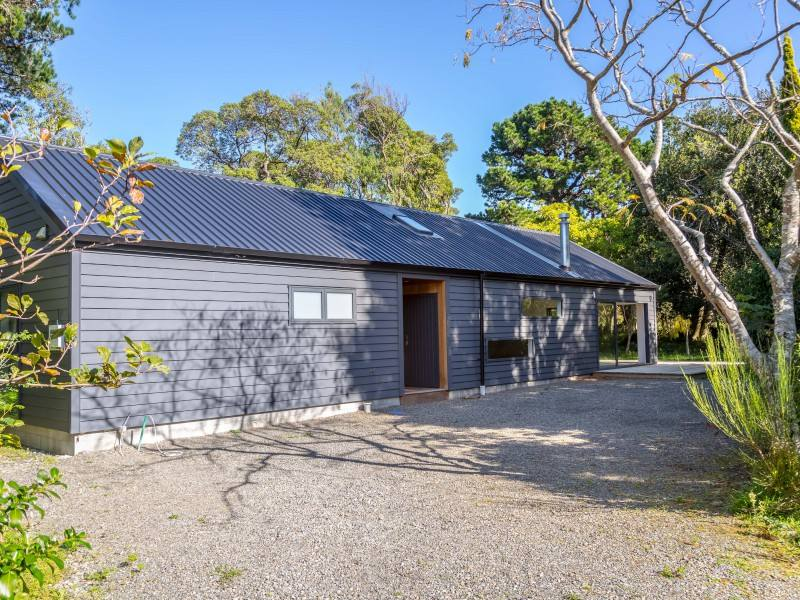 Featherston 3房 Modern, contemporary and stylish