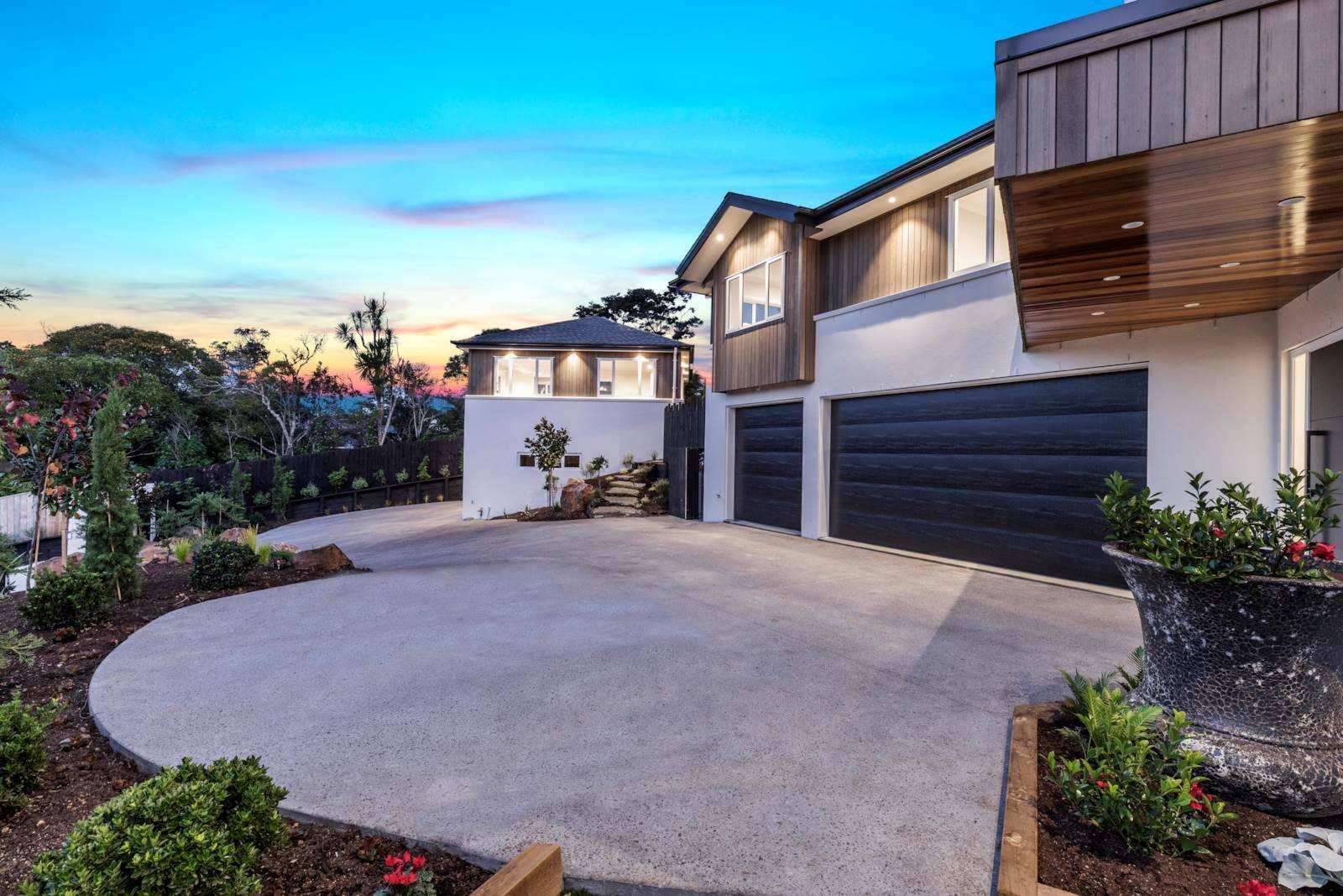 Greenhithe 6房 全新合法主屋+小住宅 视野美轮美奂 咫尺海滨&公园 一流地段铸就品质生活! Brand New - Legal Home & Minor - Top Quality