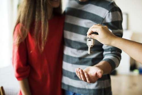 在新西兰买房竞争太激烈!为了打动房东,买家竟然连这招都用上了!